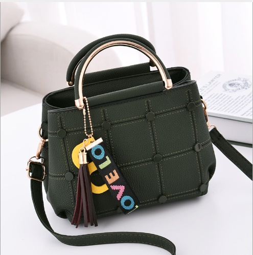 JT1815 IDR.143.000 MATERIAL PU SIZE L21XH18XW11CM WEIGHT 600GR COLOR GREEN