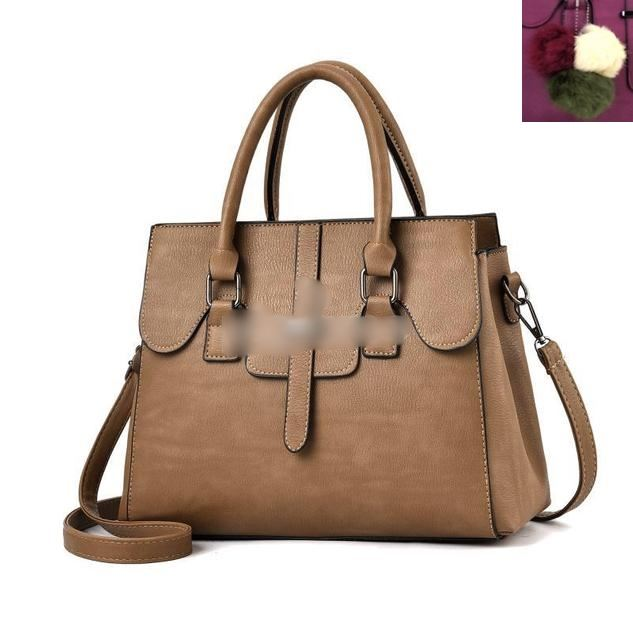 JT18362 IDR.180.000 MATERIAL PU SIZE L30XH22XW13CM WEIGHT 1000GR COLOR KHAKI