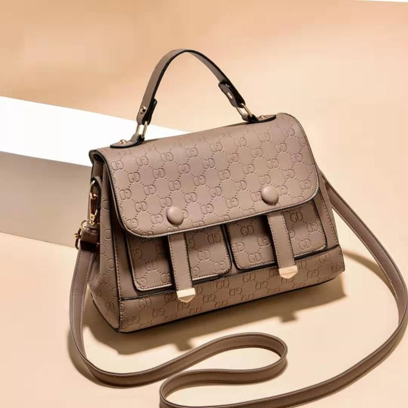 JT18667 IDR.172.000 MATERIAL PU SIZE L26XH19XW10CM WEIGHT 650GR COLOR KHAKI
