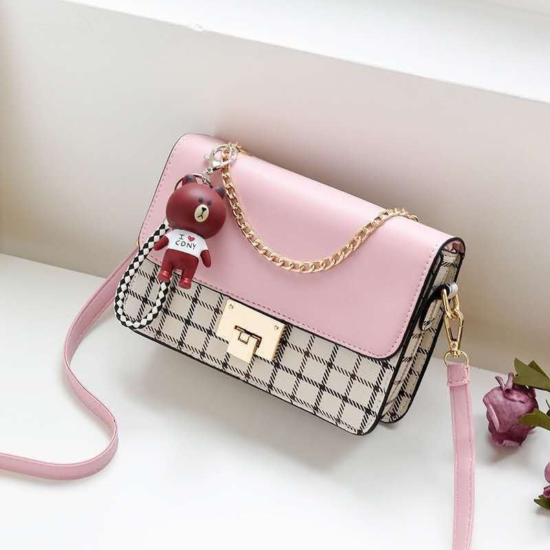 JT1882C IDR.157.000 MATERIAL PU SIZE L22XH16XW6CM WEIGHT 500GR COLOR PINK