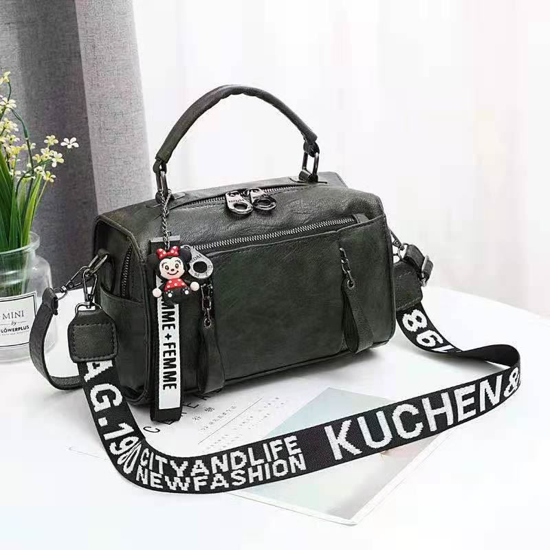 JT19020 IDR.185.000 MATERIAL PU SIZE L25XH17XW13CM WEIGHT 600GR COLOR GREEN