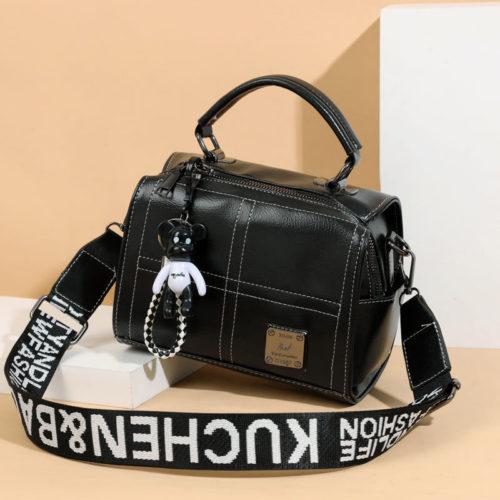 JT1912-black Tas Slingbag Fashion Gantungan Black Bear Import
