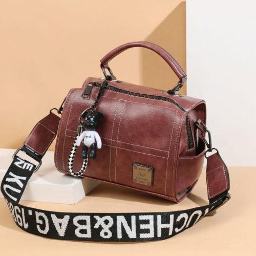 JT1912-pink Tas Slingbag Fashion Gantungan Black Bear Import