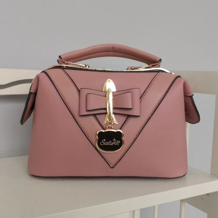 JT20149 IDR.180.000 MATERIAL PU SIZE L25XH16XW13CM WEIGHT 730GR COLOR PINK