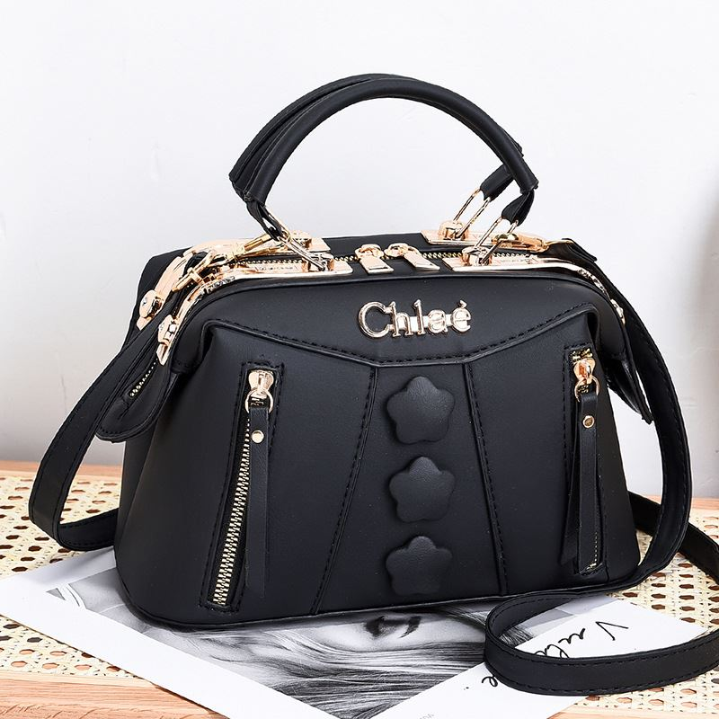 JT2051 IDR.195.000 MATERIAL PU SIZE L24XH15XW12CM WEIGHT 650GR COLOR BLACK