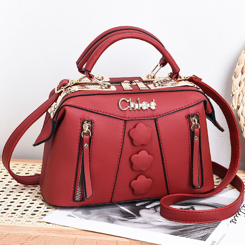 JT2051 IDR.195.000 MATERIAL PU SIZE L24XH15XW12CM WEIGHT 650GR COLOR RED