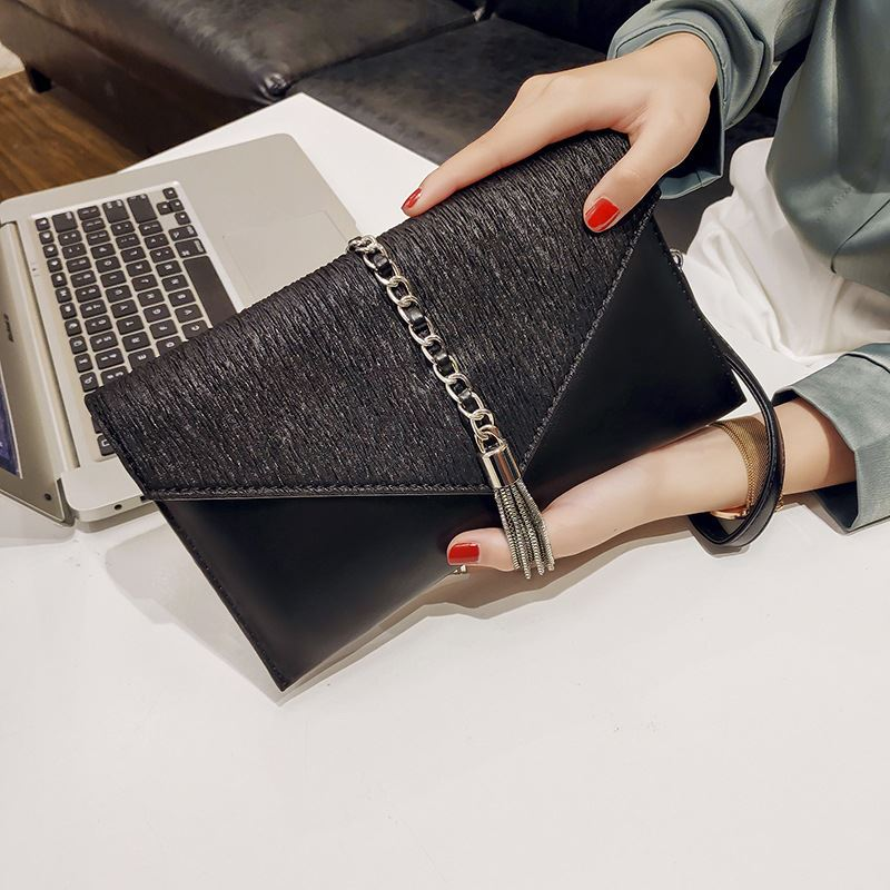 JT2285 IDR.169.000 MATERIAL PU SIZE L26XH14.5XW2.5CM WEIGHT 500GR COLOR BLACK