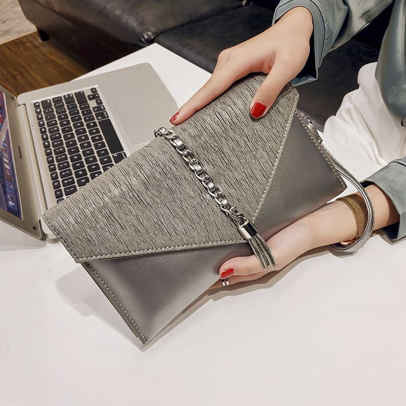 JT2285 IDR.169.000 MATERIAL PU SIZE L26XH14.5XW2.5CM WEIGHT 500GR COLOR BRONZE