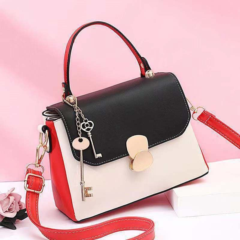 JT2592 IDR.165.000 MATERIAL PU SIZE L23XH18XW10CM WEIGHT 700GR COLOR BLACK