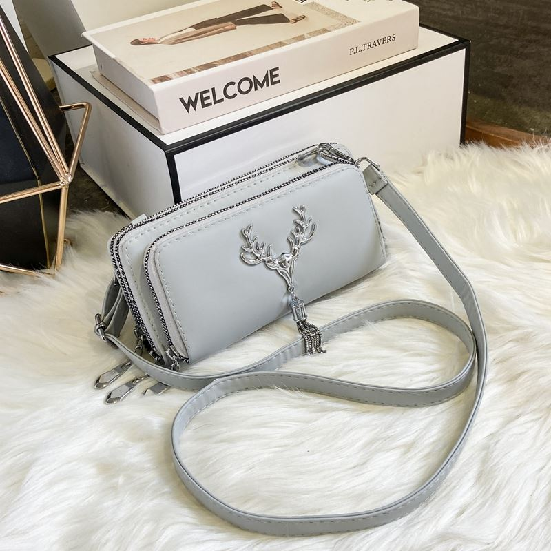 JT28765 IDR.155.000 MATERIAL PU SIZE L20XH10XW6CM WEIGHT 450GR COLOR GRAY