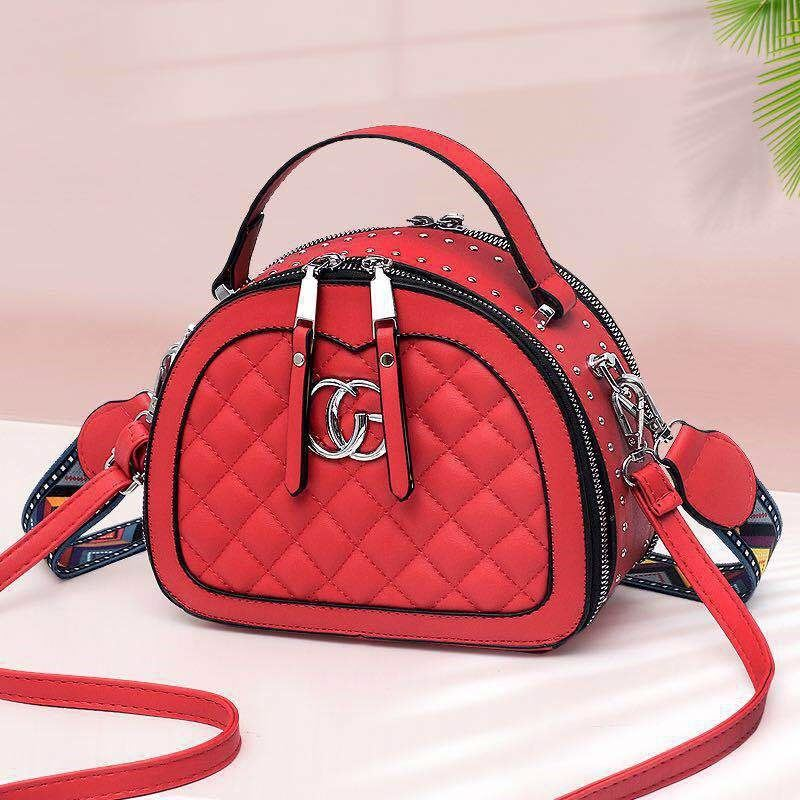 JT28971 IDR.175.000 MATERIAL PU SIZE L21XH16.5XW10.5CM WEIGHT 700GR COLOR RED