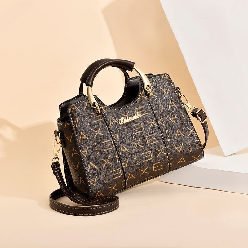JT3021 IDR.168.000 MATERIAL PU SIZE L25XH19XW13CM WEIGHT 650GR COLOR AXECOFFEE