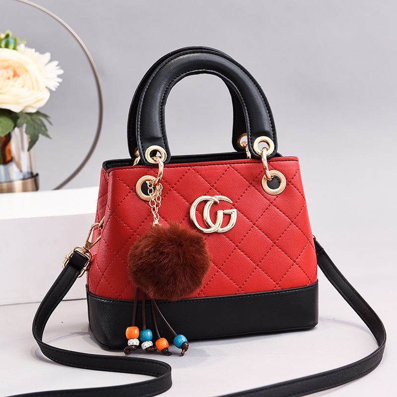 JT3079 IDR.175.000 MATERIAL PU SIZE L22XH18XW13CM WEIGHT 600GR COLOR WINE