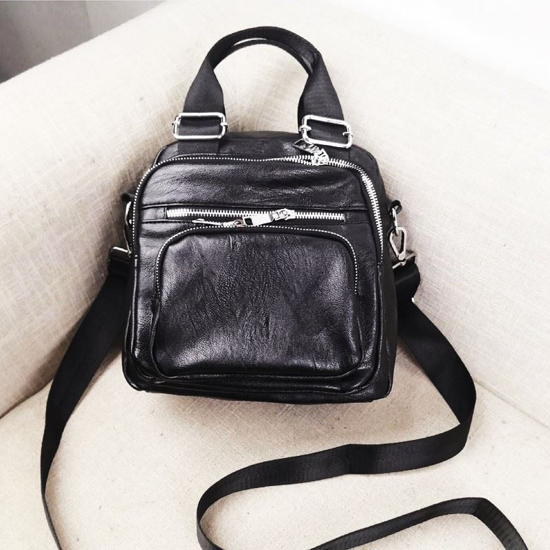 JT3087 IDR.157.000 MATERIAL PU SIZE L22XH25XW10CM WEIGHT 750GR COLOR BLACK
