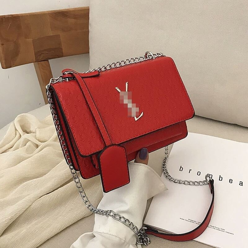 JT3133 IDR.182.000 MATERIAL PU SIZE L22XH15XW10CM WEIGHT 660GR COLOR RED
