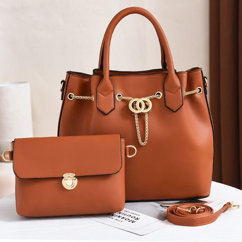 JT3186 (2IN1) IDR.188.000 MATERIAL PU SIZE L31XH28XW14CM WEIGHT 1200GR COLOR BROWN