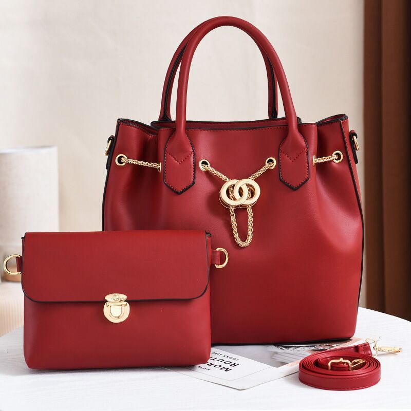 JT3186 (2IN1) IDR.188.000 MATERIAL PU SIZE L31XH28XW14CM WEIGHT 1200GR COLOR RED