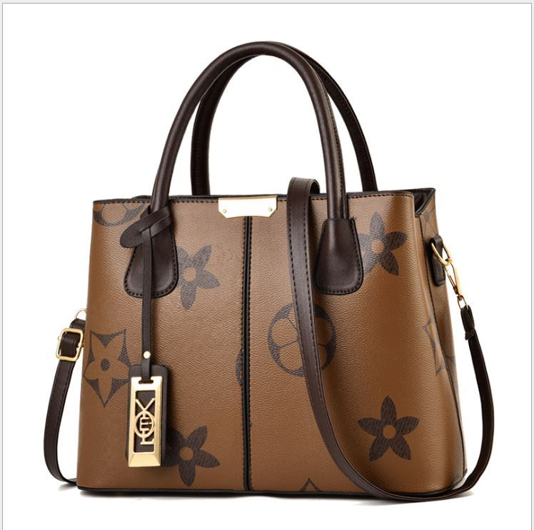 JT3226 IDR.173.000 MATERIAL PU SIZE L31XH23XW13CM WEIGHT 550GR COLOR BROWN