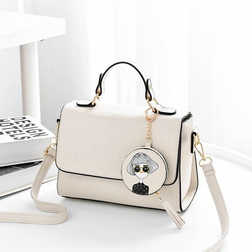 JT337 IDR.163.000 MATERIAL PU SIZE L24XH18XW11CM WEIGHT 600GR COLOR BEIGE
