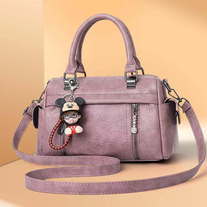 JT33902 IDR.175.000 MATERIAL PU SIZE L28XH18XW13CM WEIGHT 700GR COLOR PINK