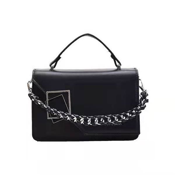 JT34462 IDR.159.000 MATERIAL PU SIZE L20XH13XW8CM WEIGHT 550GR COLOR BLACK