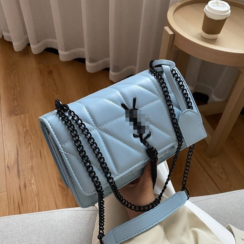 JT34463 IDR.155.000 MATERIAL PU SIZE L23XH15XW8CM WEIGHT 650GR COLOR BLUE