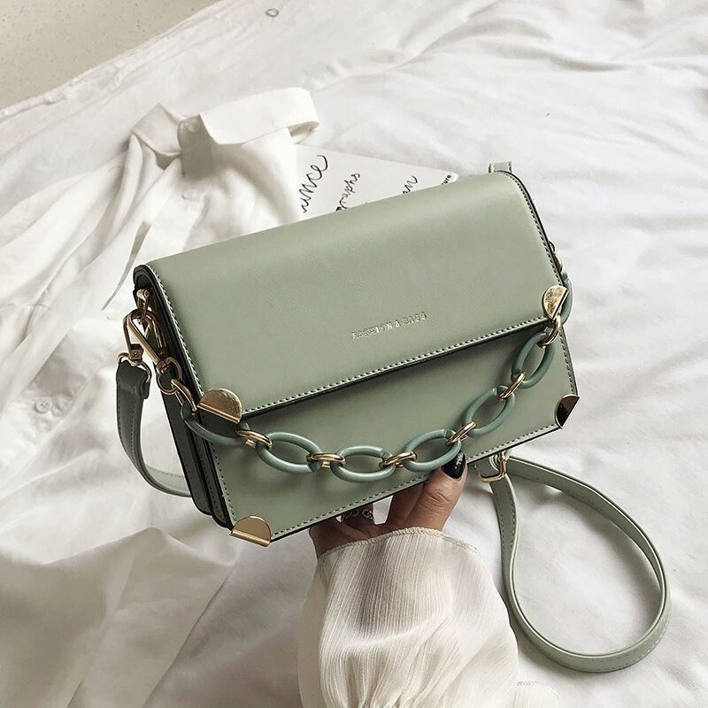 JT3742 IDR.162.000 MATERIAL PU SIZE L21XH15XW8CM WEIGHT 600GR COLOR GREEN