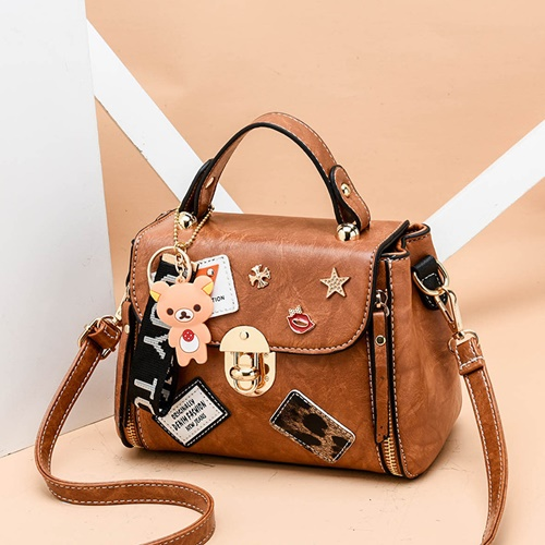 JT3901 IDR.162.000 MATERIAL PU SIZE L20XH15XW11CM WEIGHT 600GR COLOR BROWN