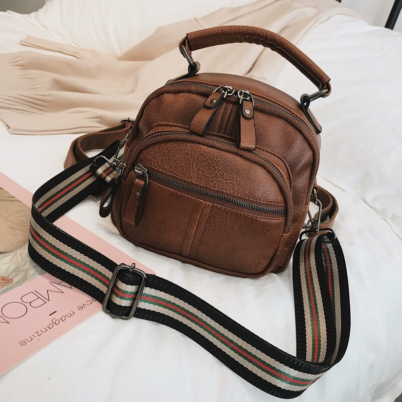 JT42541 IDR.184.000 MATERIAL PU SIZE L22XH20XW11CM WEIGHT 720GR COLOR BROWN