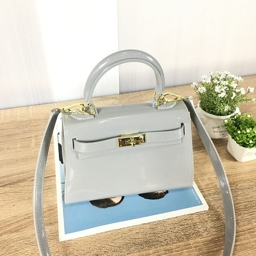 JT453 IDR.140.000 MATERIAL JELLY SIZE L20XH14XW10CM WEIGHT 550GR COLOR GRAY
