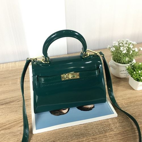 JT453 IDR.140.000 MATERIAL JELLY SIZE L20XH14XW10CM WEIGHT 550GR COLOR GREEN