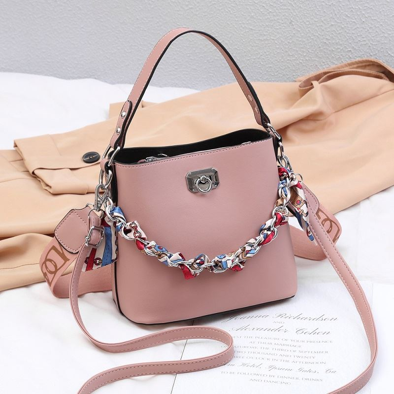 JT49880 IDR.165.000 MATERIAL PU SIZE L21XH19XW11CM WEIGHT 600GR COLOR PINK