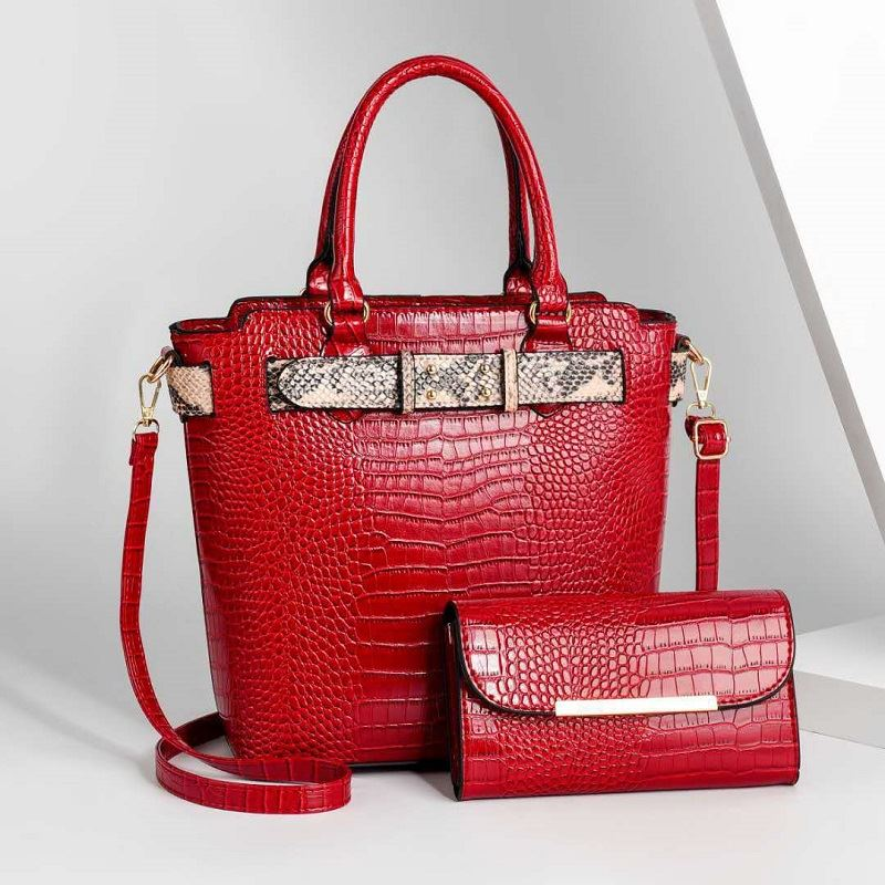 JT4995 (2IN1) IDR.194.000 MATERIAL PU SIZE L26XH29XW13CM WEIGHT 1100GR COLOR RED