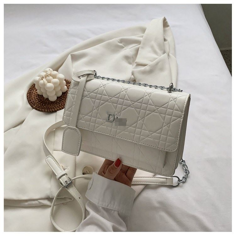 JT5043 IDR.156.000 MATERIAL PU SIZE L22XH14.5XH14.5XW12.5CM WEIGHT 500GR COLOR WHITE