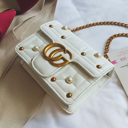 JT5110 IDR.155.000 MATERIAL PU SIZE L20XH15XW6CM WEIGHT 500GR COLOR WHITE