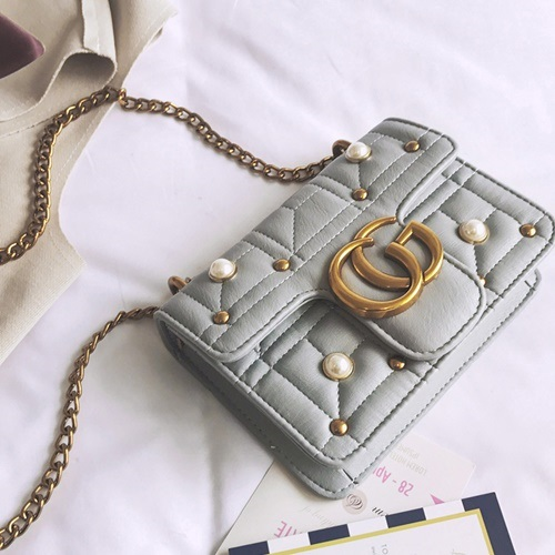 JT5110 IDR.160.000 MATERIAL PU SIZE L20XH15XW6CM WEIGHT 450GR COLOR GRAY