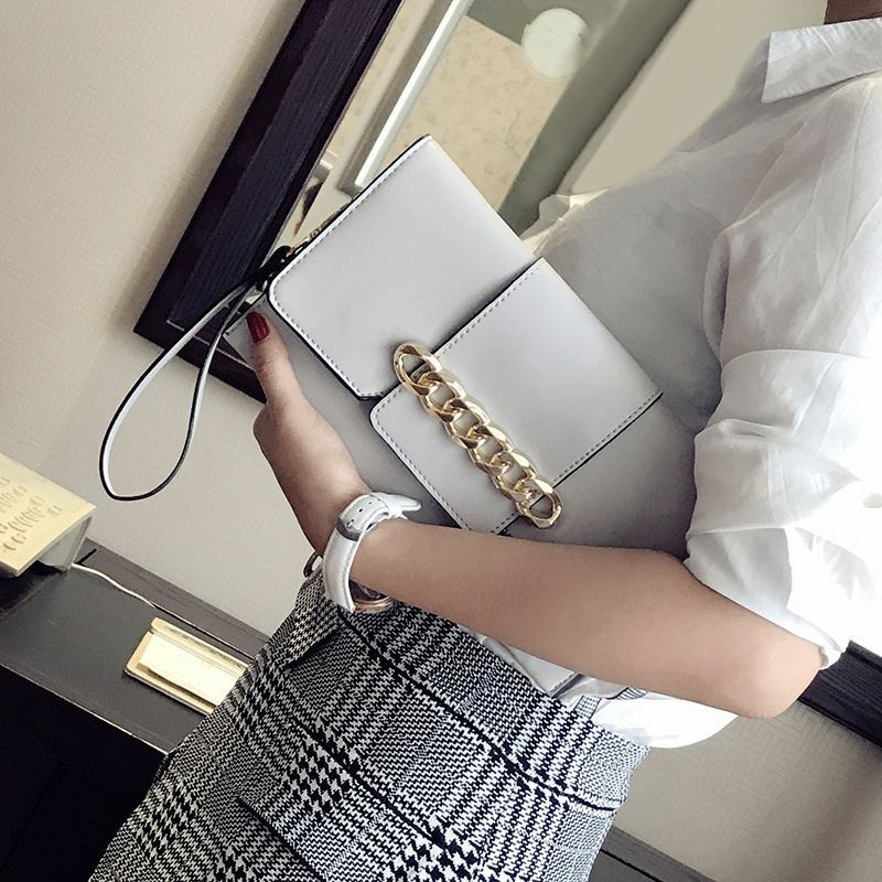 JT5870 IDR.165.000 MATERIAL PU SIZE L26XH15XW3CM WEIGHT 500GR COLOR GRAY
