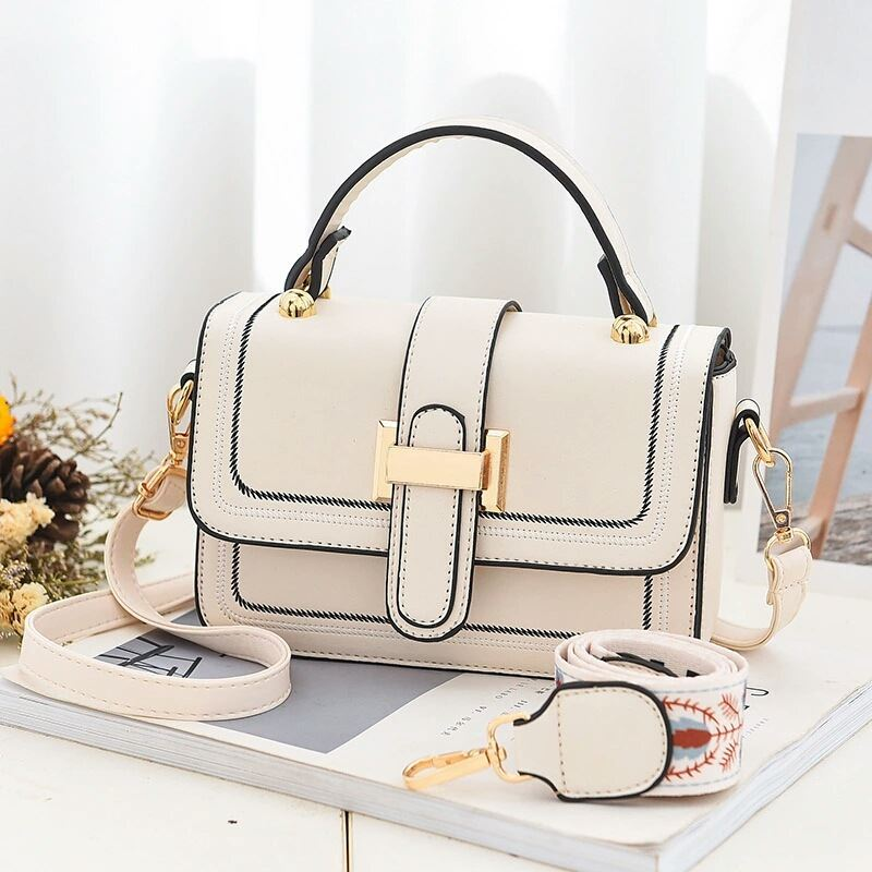 JT5955 IDR.172.000 MATERIAL PU SIZE L19XH13XW6CM WEIGHT 550GR COLOR BEIGE