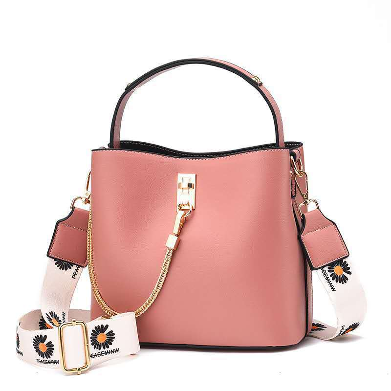 JT6018 IDR.175.000 MATERIAL PU SIZE L22XH19XW12CM WEIGHT 650GR COLOR PINK