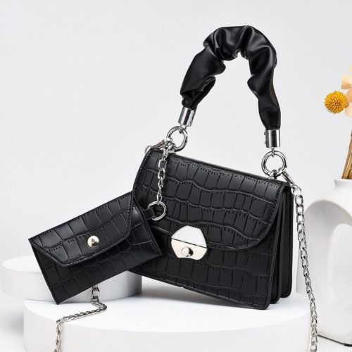 JT60201 (2IN1) IDR.170.000 MATERIAL PU SIZE L19XH14XW8CM, SMALL BAG 12X7CM WEIGHT 550GR COLOR BLACK