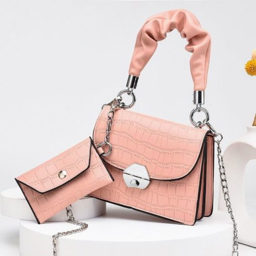 JT60201 (2IN1) IDR.170.000 MATERIAL PU SIZE L19XH14XW8CM, SMALL BAG 12X7CM WEIGHT 550GR COLOR PINK