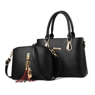 JT60751 (2IN1) IDR.172.000 MATERIAL PU SIZE L30.5XH21.5XW13CM WEIGHT 700GR COLOR BLACK