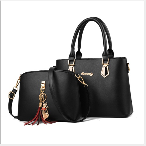 JT60751 (2IN1) IDR.175.000 MATERIAL PU SIZE L30.5XH21.5XW13CM WEIGHT 800GR COLOR BLACK