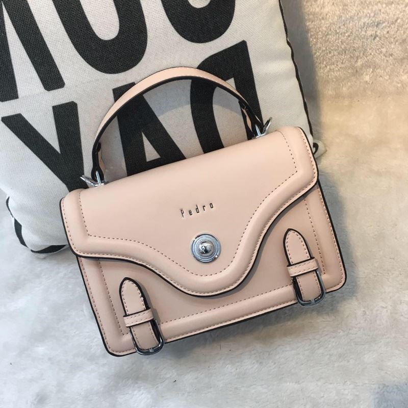 JT61205 IDR.182.000 MATERIAL PU SIZE L22XH16XW8CM WEIGHT 700GR COLOR PINK