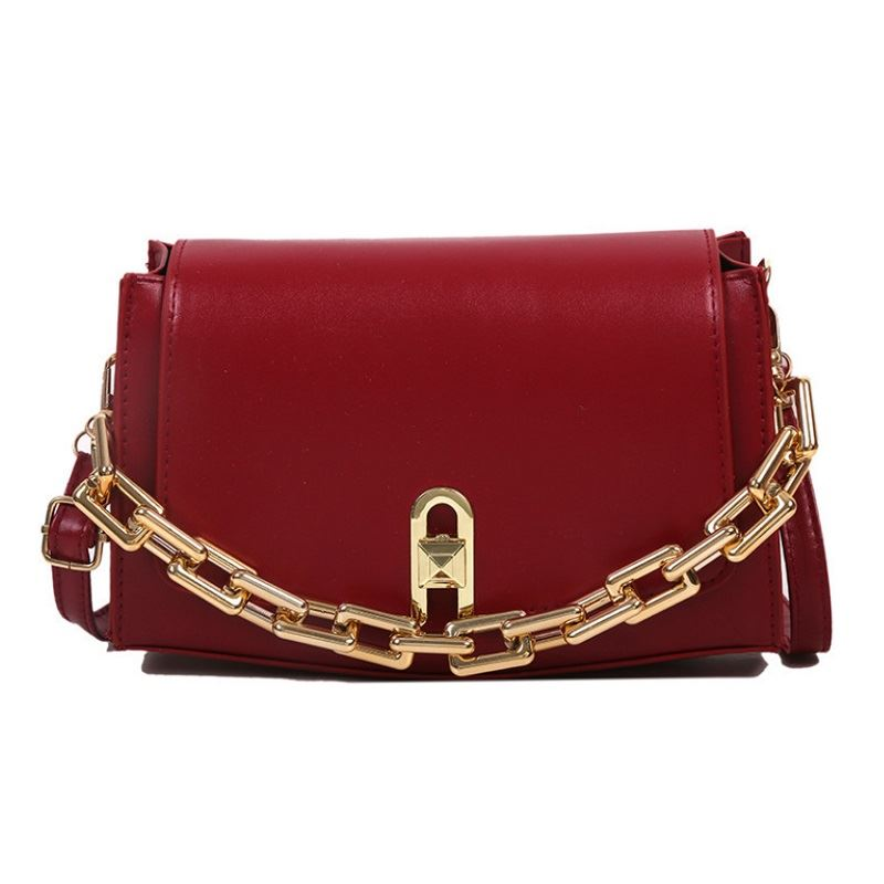 JT6150 IDR.140.000 MATERIAL PU SIZE L23.5XH15.5X29CM WEIGHT 550GR COLOR RED