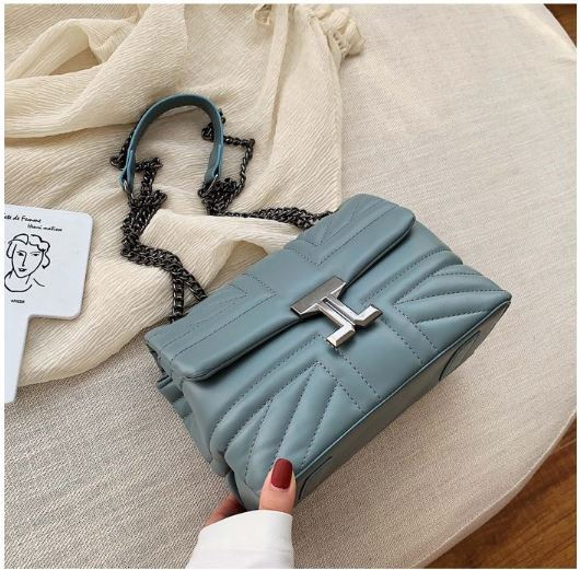 JT61508 IDR.180.000 MATERIAL PU SIZE L23XH15XW11CM WEIGHT 500GR COLOR BLUE