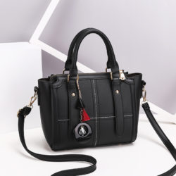 JT616 IDR.169.000 MATERIAL PU SIZE WEIGHT COLOR BLACK