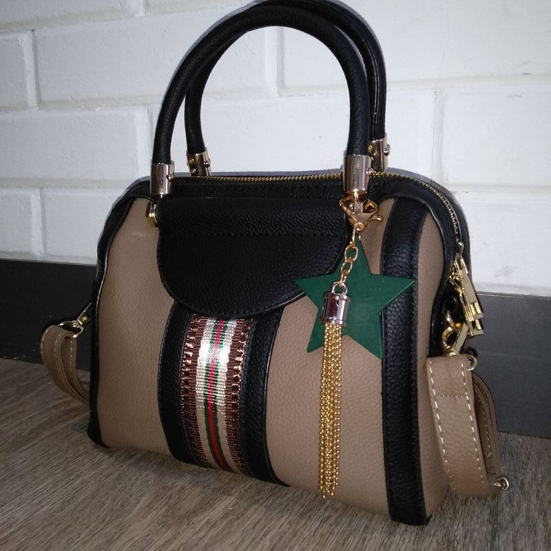 JT617 IDR.155.000 MATERIAL PU SIZE L23XH16XW13CM WEIGHT 700GR COLOR KHAKI