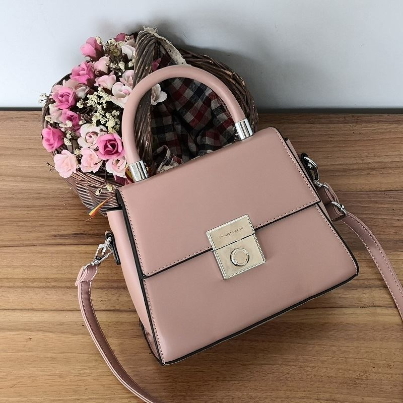 JT61712 IDR.189.000 MATERIAL PU SIZE L27XH16XW10CM WEIGHT 700GR COLOR PINK