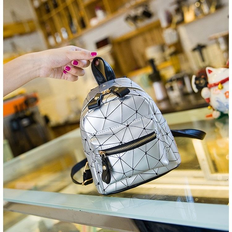 JT6227 IDR.135.000 MATERIAL PU SIZE L16XH19XW10CM WEIGHT 350GR COLOR SILVER